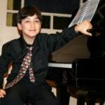 maxim-lando-pianist